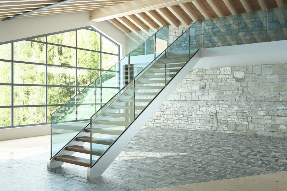 Engen Sie Ihre Räume nicht ein. Mit einer Brüstung aus Glas verwandeln Sie Ihr Heim in das eines Architekten.